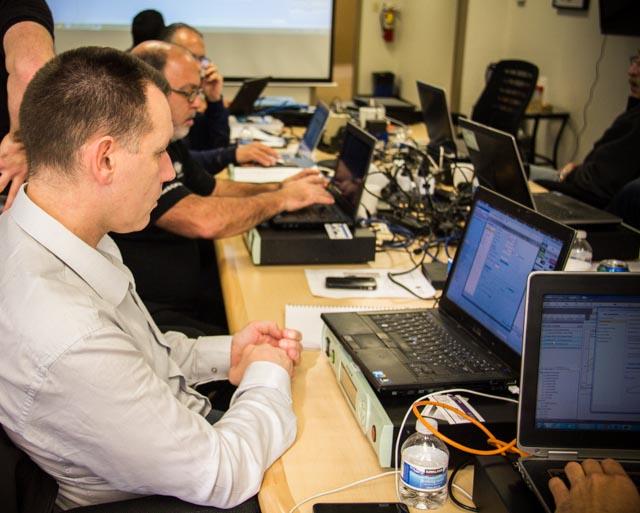CI公司成功组织围绕振动控制的销售培训 5