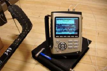 CoCo80动态信号分析仪与ME'scope软件对曲棍球进行模态测试分析(Modal Testing on Hockey Sticks) 1